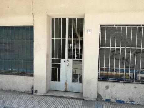 Apartamento 1 Dormitorio En Ciudad Vieja.