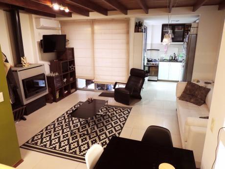 Venta - Apartamento - Cordon Sur - 2 Dormitorios - U72645 176.000