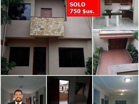 Alquiler Casa Por Solo 750 $us Av . Mutualista