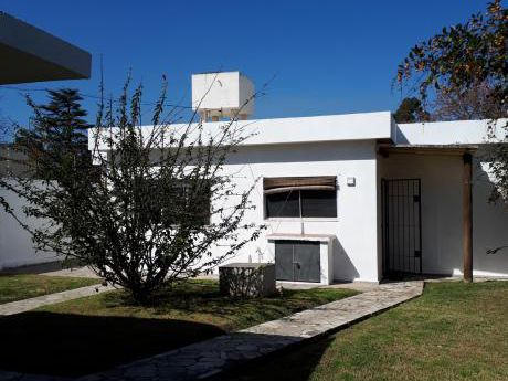 Alquiler Casa 3 Dormitorios Parrillero Solymar Sur