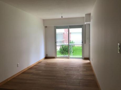 Vende Con Renta Apartamento En  Pocitos  1 Dormitorio