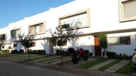 Detras Del Mall Ventura Condominio Le Parc