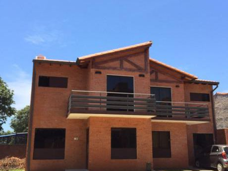 Vendo Duplex En  Barrio Cerrado Fdo De La Mora
