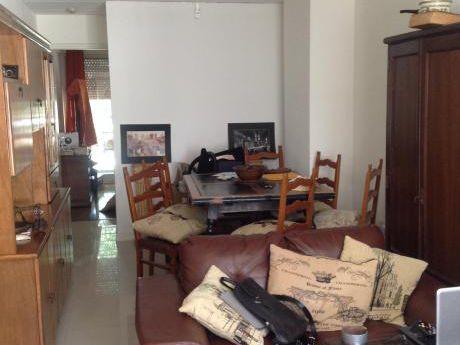 Dos Dormitorios En La Blanqueada