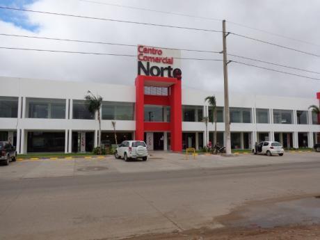 Centro Comercial Norte  2 Locales Comerciales Anticretico O Venta
