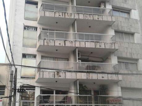 Apartamento En Pocitos.