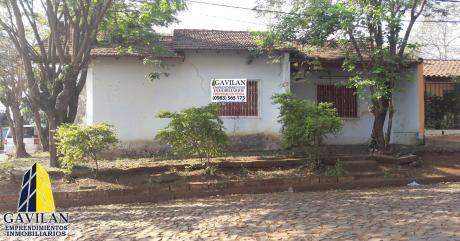 Residencia En Barrio Las Mercedes