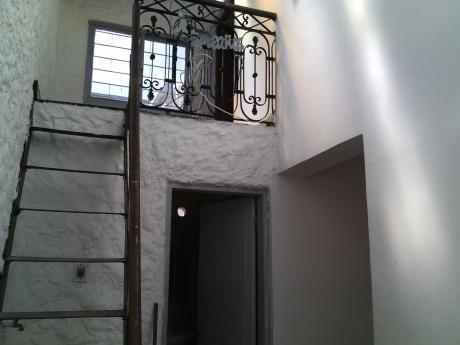 Linda Casa En Alquiler En DemÓstenes Y Luis A. De Herrera