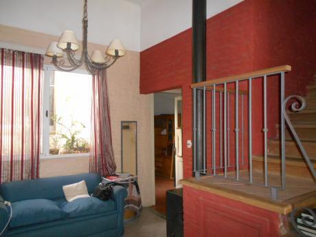 Casa 3 Dormitorios En Atahualpa A 50 Mts De Millán