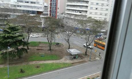 Centro 2 Dor.62m2.6 Piso.al Frente.aa.