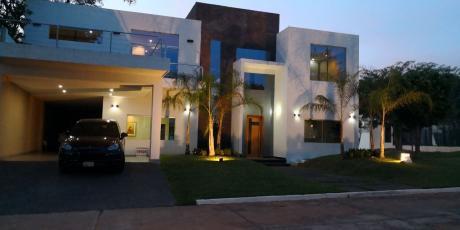 Residencia Minimalista A Estrenar En Condominio Rakiura