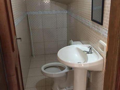 Alquilo Duplex De 3 Dormitorios En Condominio Zona Los Jardines De Luque
