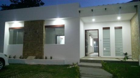 Hermosa Casa En Alquiler - Zona Urubo