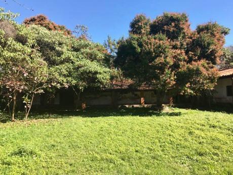 Para Casa Quinta 1499 M2 Centro De Aregua