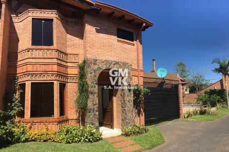 Alquilo Hermoso Duplex En Condominio Zona Colegio Goethe