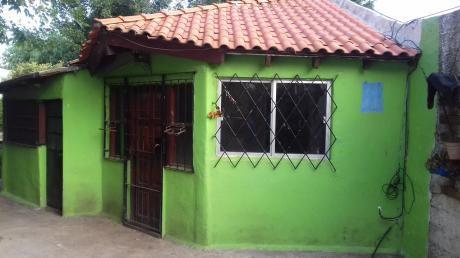 Alquilo A Pasos Del Mar 2 Dormitorios, Fondo Con Parrillero