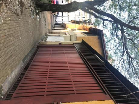 Casa Especial Para Inversionistas De 19x30 A 2 Cuadras De La Avd. Mcal. López
