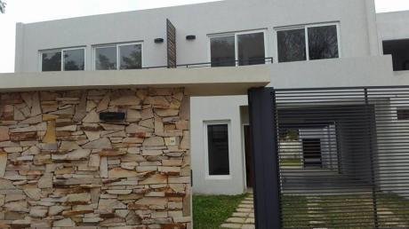 Vendo 1 Duplex A Estrenar En Luque Con Piscina, A Dos De Ips