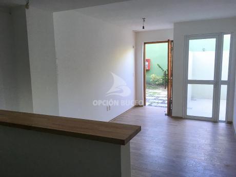 Apartamentos Venta La Blanqueada Montevideo 1 Dormitorio Patio Con Parrillero
