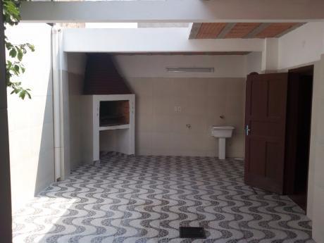 Alquilo Casa En Ciudad Nueva