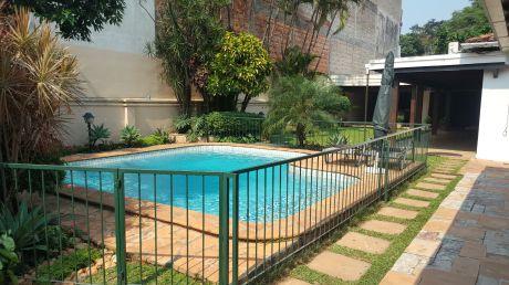 Hermosa Residencia En Zona Recoleta