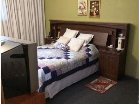 Casa 4 Dormitorios En Cooperativa - Malvin Norte - Hipolito Yrygoyen