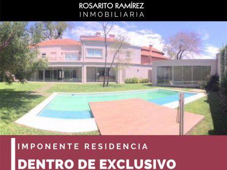Imponente Residencia En Exclusivo Barrio Cerrado!