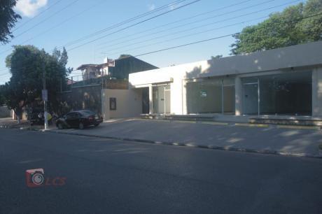 Locales Comerciales En Lambare, Zona Bonifacio Ovando