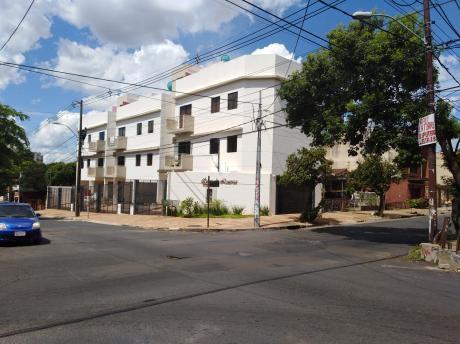 Casas De Luarca, Barrio Bernardino Caballero