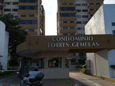 Departamento En Alquiler Amoblado Y Equipado.  Condominio Torres Gemelas