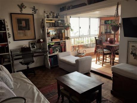 Divino  Apartamento Pent House 1 Dorm Y 1/2 A Nuevo Super Soleado!