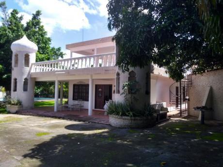 Casa Quinta En La Guardia A Media Cuadra De La Plaza Principal