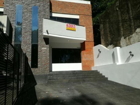 Alquilo Hermoso Duplex De 3 Habitaciones En Lambare