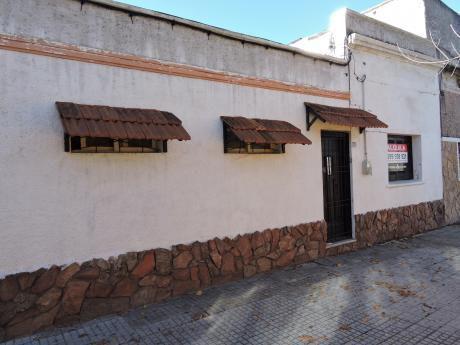 Casa 2 Dormitorios Abayubà Y Sitio Grande
