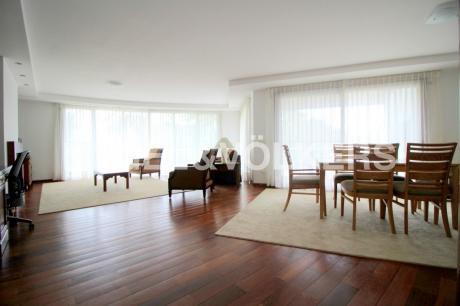 Elegante Apartamento En Alquiler En Carrasco - Harwood