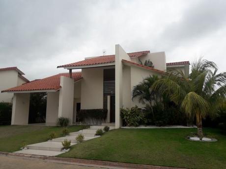 Bella Casa En Alquiler