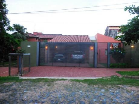 Alquilo Casa En Lambare A Cuadras De La Avenida Perón.
