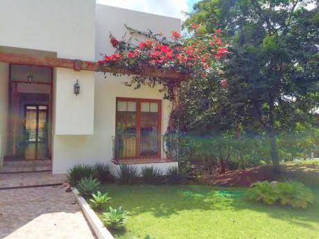 Casa De Lujo Urubo Green