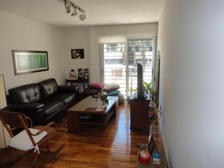 Apartamento En Alquiler De 1 Dormitorio Con Patio Y Garaje