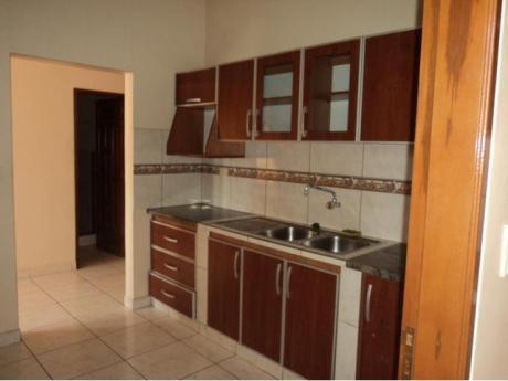Bonito Departamento De 2 Dormitorios En Alquiler Paragua.