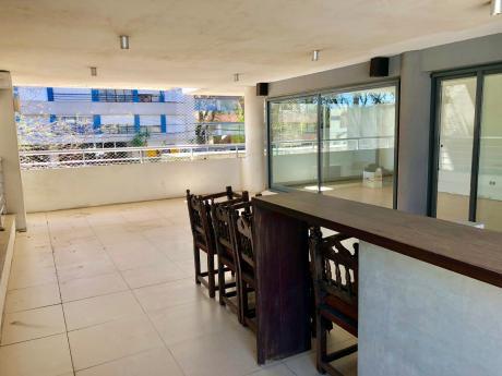 Venta De Apartamento! 3 Dormitorios, 2 Garajes. Terraza 55m2