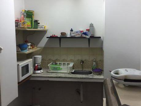 Oficina En Venta Centro 2 Baños