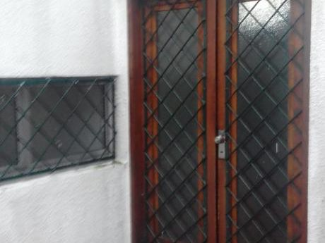 Alquilo Casa De Altos Paso Molino