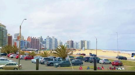 Permuta.... X Montevideo- En Punto Cero De Punta Del Este, Monoambiente