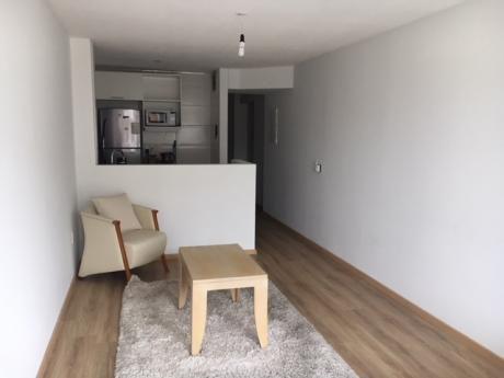 Alquilo Apartamento 1 Dormitorio Pocitos Con Garaje
