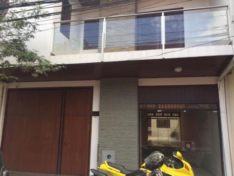 En Alquiler Casa Independiente A 4 Cuadras De La Plaza 24 De Septiembre