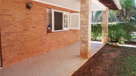 Alquilamos Casa En Lambaré