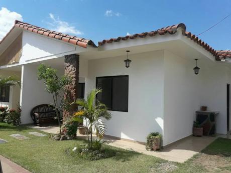 Casa En Alquiler - Av Santos Dumont
