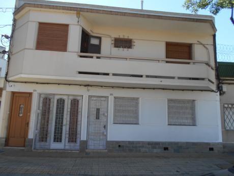 Planta Baja C/ Garage!! PróX. M C. Martinez Y Bvar. Artigas