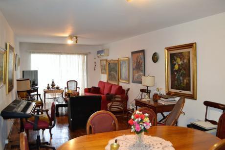 Apartamento 3 Dormitorios Y Servicios En Pocitos Nuevo